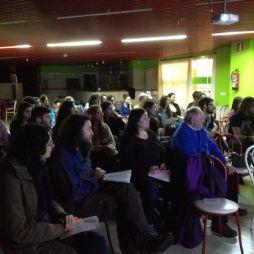 Máis de 30 persoas na Sala Luaces da R.U. Monte da Condesa.